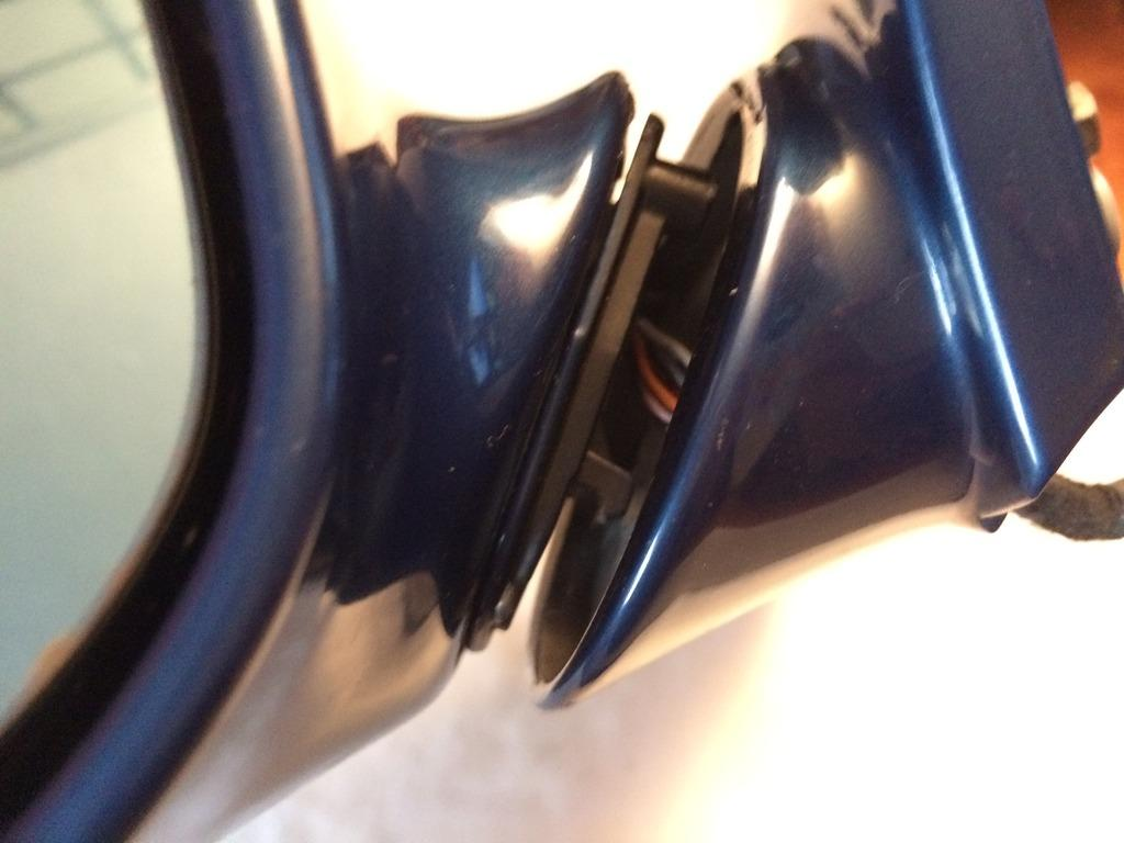 How To Fix a Wobbly Loose Wing Mirror E46 M3 (picture 26)